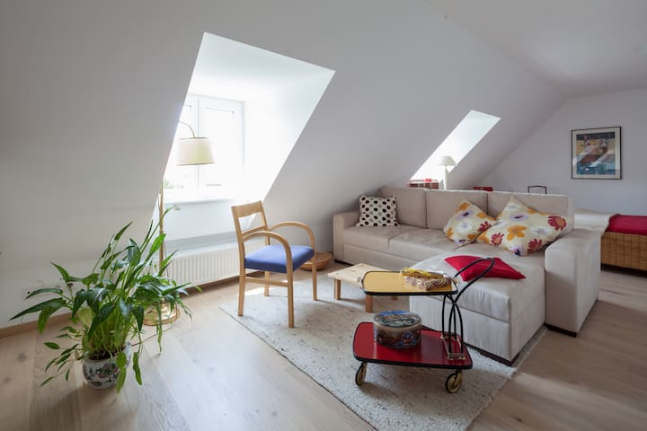 Top renoviertes Studio in Top Lage - München - Talo