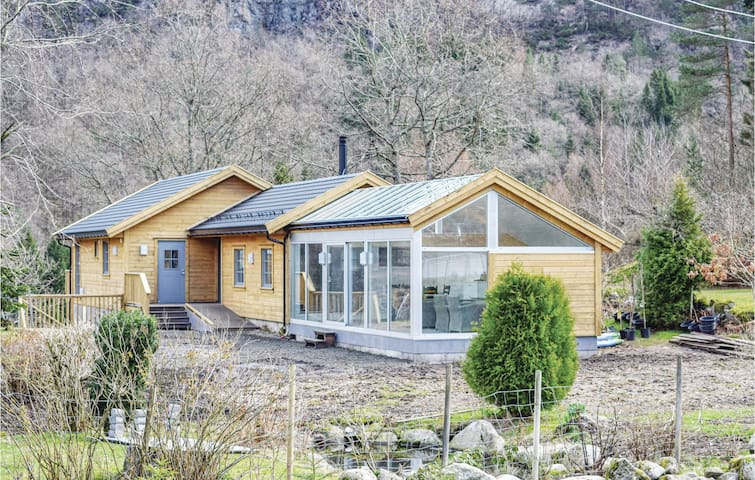 Holiday cottage with 4 bedrooms on 140m² in Flekkefjord