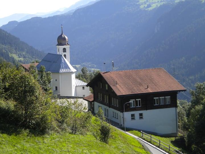 Grosse Ferienunterkunft in Skilehrer WG