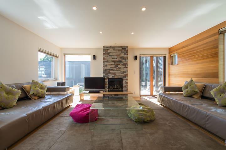 Ezo 365 Resort Home 4 Bedroom