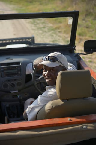Guide on Game Drive