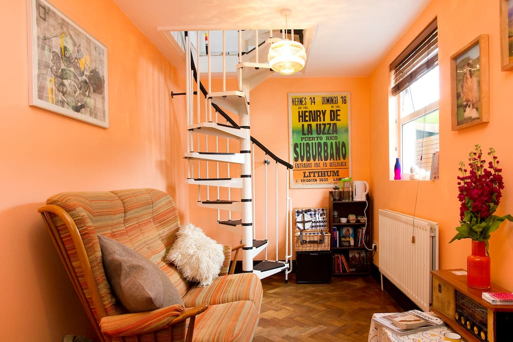 Independent cosy little house in central london pensione - Posto letto londra ...