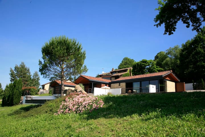 Villa d'architecte dans le Lot - BELMONT BRETENOUX