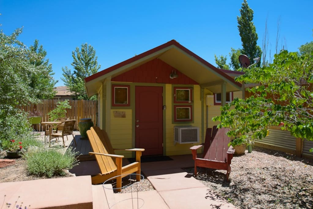 Kenzie 39 s cottage cabins for rent in moab utah united for Moab utah cabins