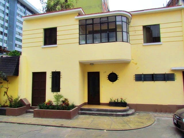 14 Miraflores Entire House for up to 14 guests