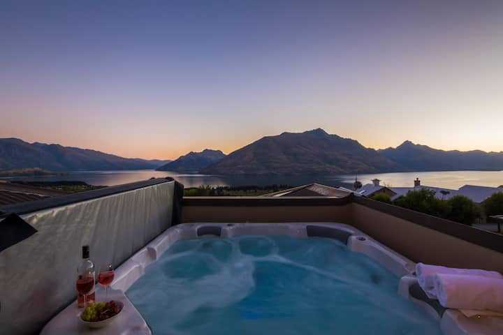 Queenstown Grandview | Discounted Rates | Spa Pool