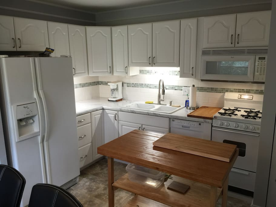 Totally renovated, fully equipped kitchen!