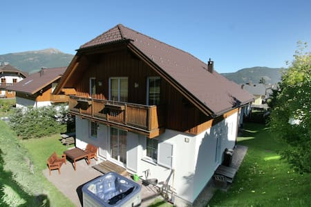 Lovely Chalet in Sankt Margarethen im Lungau near Ski Lift