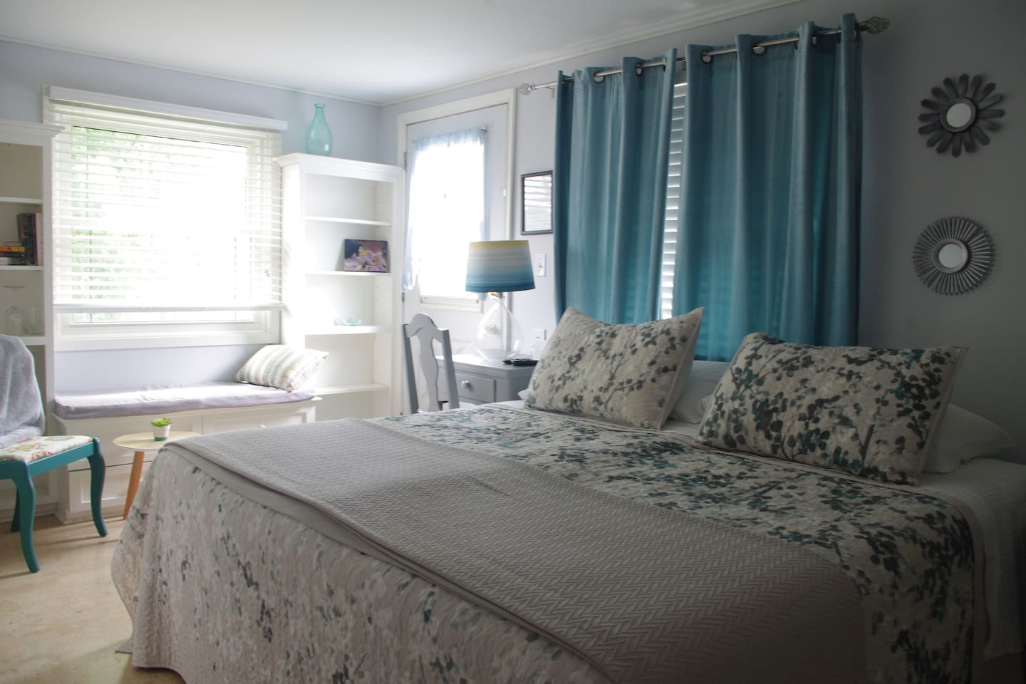A bright and cozy bedroom for your stay in Port Dover