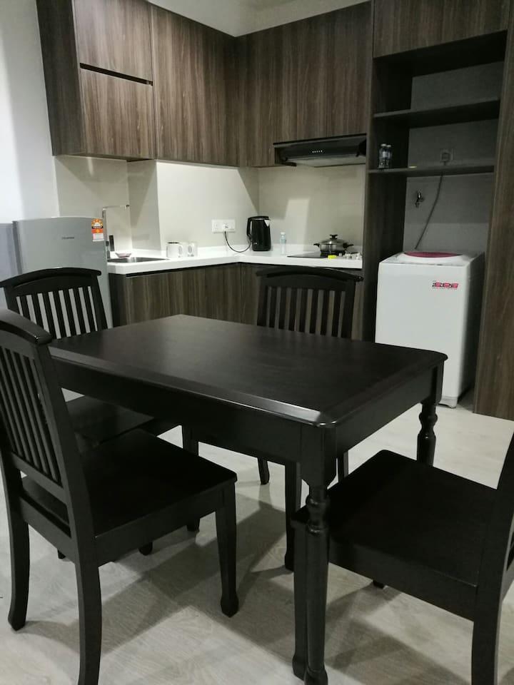 Cozy Apartment 1R2B Suite 1303@TheSquare OneCity