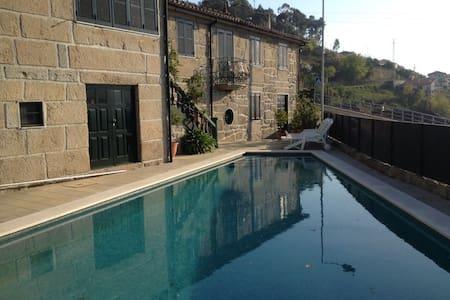 Casa com piscina - Passadiços do Paiva - 独立屋