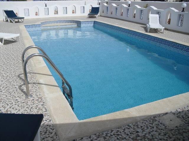 Villa Yasmine -vu sur mer - piscine sans vis-à-vis - Tezdaine - Pis