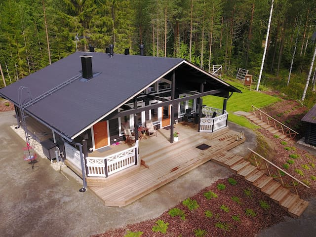 Villa by the lake Saimaa with all the facilities