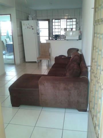 Casa Parque Anhanguera - Goiânia - Casa