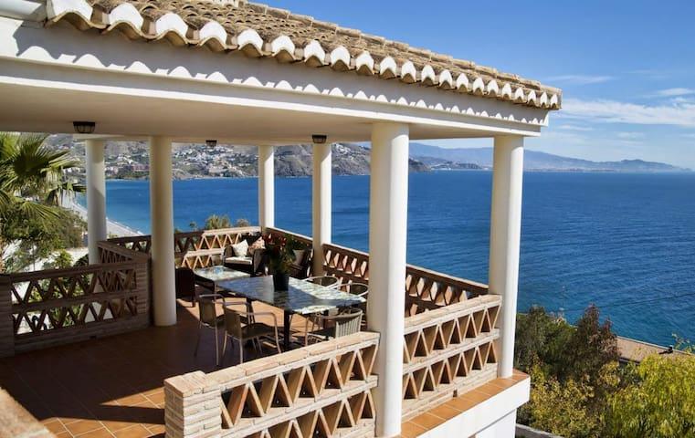 Best sea views in Almuñecar