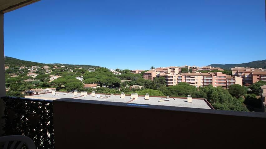 Appartement T4 - 6 personnes - WiFi - Vue dégagée - Sainte Maxime