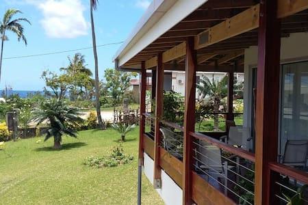 Rooms in a spacious villa ,central  - Port Vila