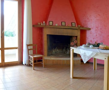 appartamento spazioso e luminoso - Santa Maria Goretti