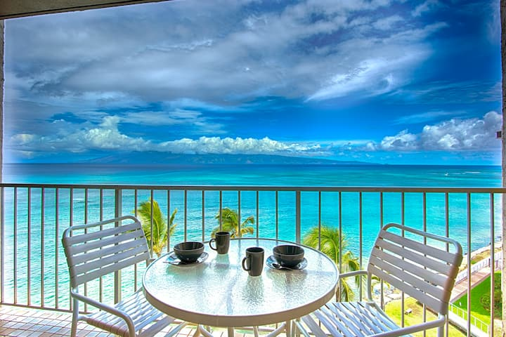 WOW!Hear the WAVES-OCEANFRONT VIEW,Pool,Balcony,AC