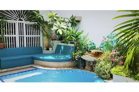 #2 Vibey Colonial Oasis Courtyard Pool & Workspace - การ์ตาเฮนา