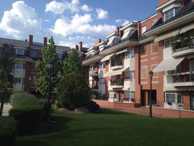 Nice surroundings of Madrid - Las Rozas - Apartamento