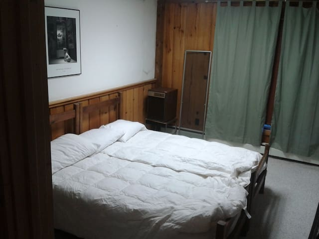 One of three king beds, this one can also be two twins