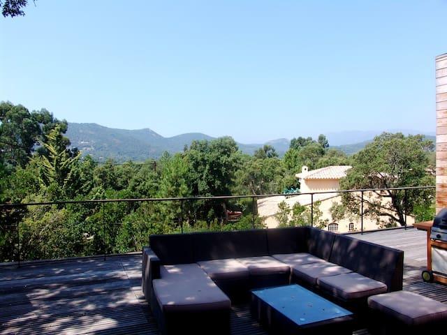 Villa Contemporaine à Pinarello - Zonza - Vila