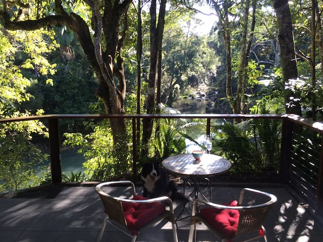 Anahata Waters: Beautiful cottage in a rainforest - Wilsons Creek - Kulübe
