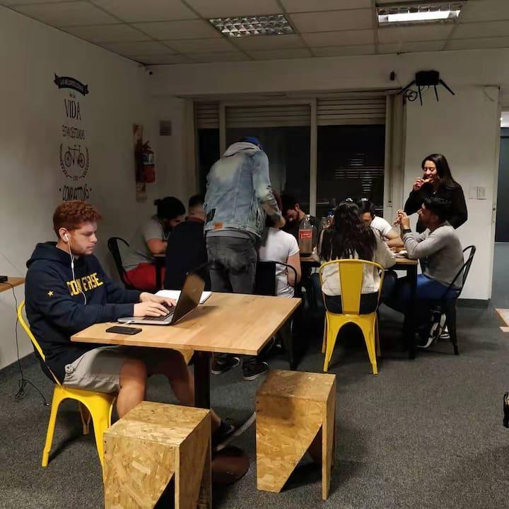 Capsule Hostel para estudiantes universitarios