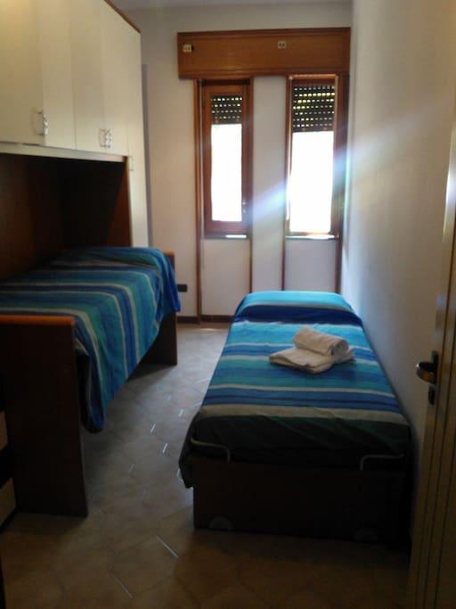 camera da letto 2 letti