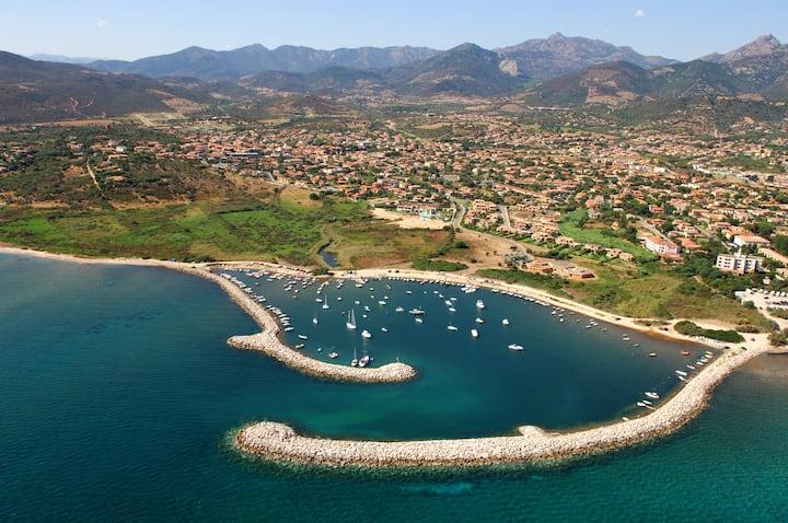 Semi-detached villa just minutes from the sea