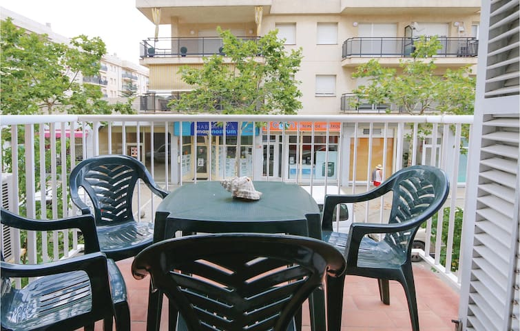 Holiday apartment with 3 bedrooms on 75 m² in Palamós