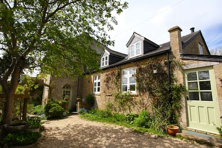 Chapel Cottage, Chedworth, the Cotswolds - Cirencester - Casa