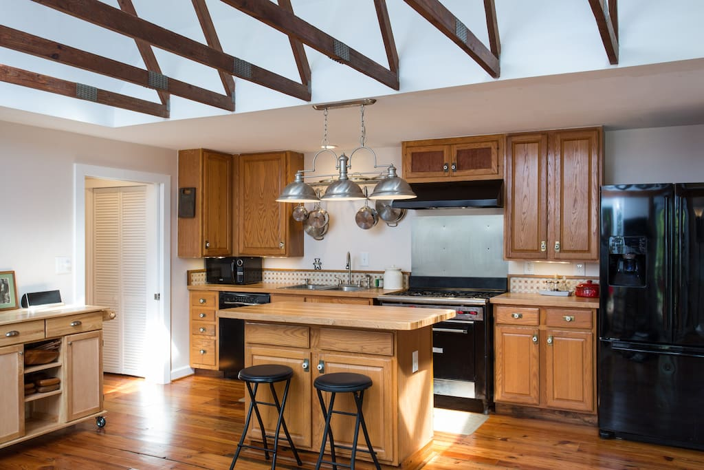 Tumnis House is set to be able to host two through a crowd. It has a fully equipped kitchen- Cuisinart pots and pans, knives, cook and serve ware. There is a collection of herbs and spices in the left hand drawer in the island for our guests to use as well.
