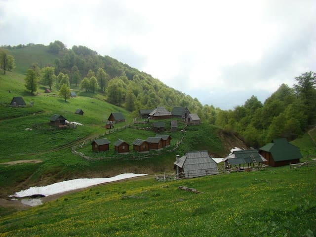 Eco village Goles - Kolašin - Bungalow