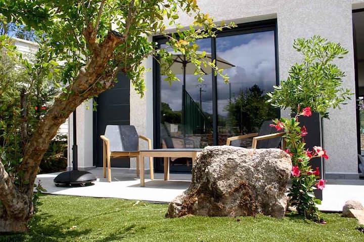 Studio residence 4* in 600 m beach tennis pool