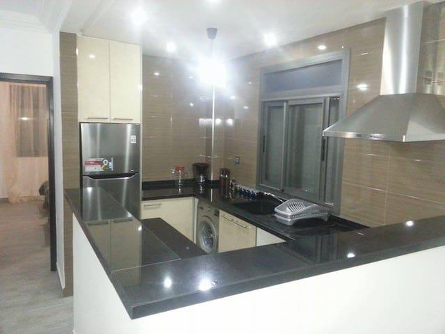 3 pièces neuf moderne avec wifi et sattelite - Agadir - Apartament