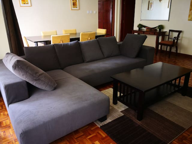 Furnished & serviced 2 bed behind Junction Mall