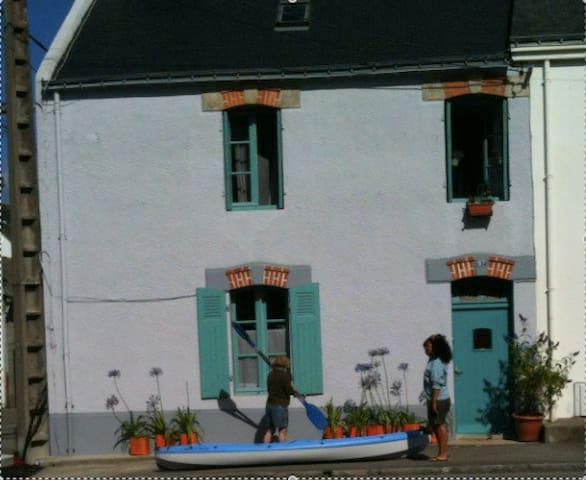 Charmante maison proche de la plage - Port-Louis - Hus