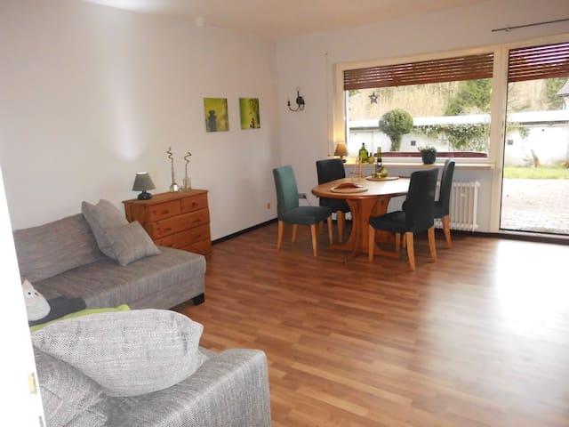 Gemütliche Wohnung direkt am Wald - Bad Sachsa - Appartement