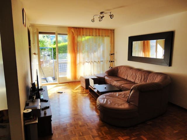 cosy and calm room for 2people - Neuchâtel - Appartement