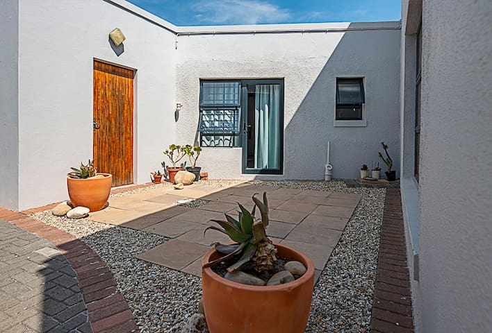 *Self Contained Self Catering Unit*