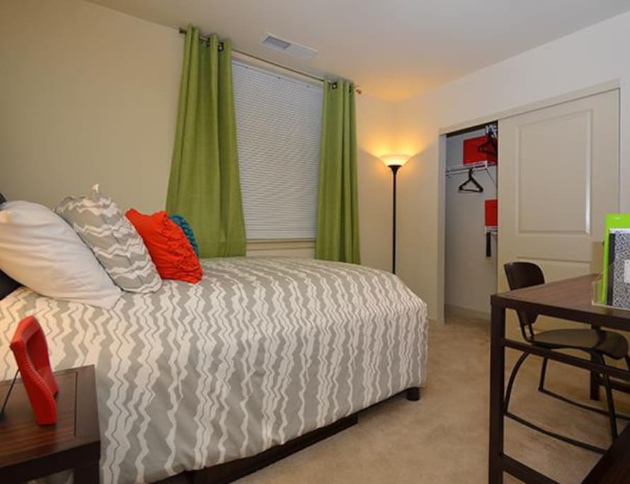 Room at The Varsity! - Apartments for Rent in College Park ...