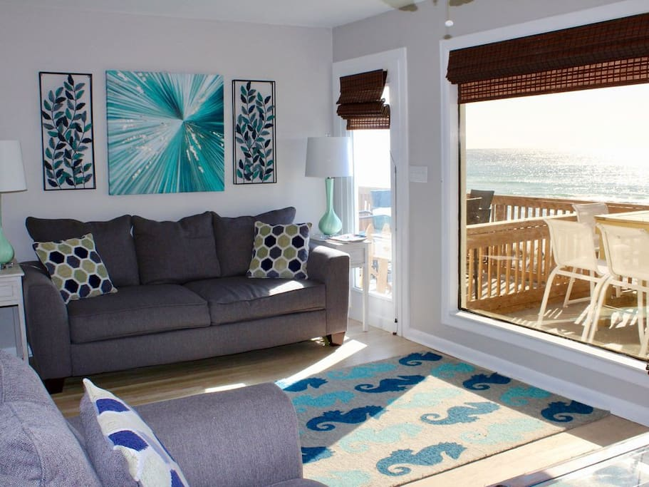 Sit on the couch and look out to the beautiful blue ocean waters!