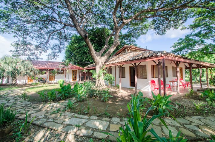 Olas de Astillero #1: The Cottage (Family Room)