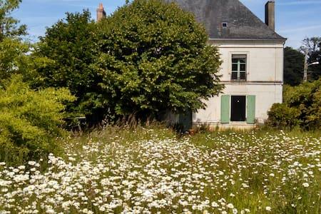 large nice bedroom - Luceau - Talo