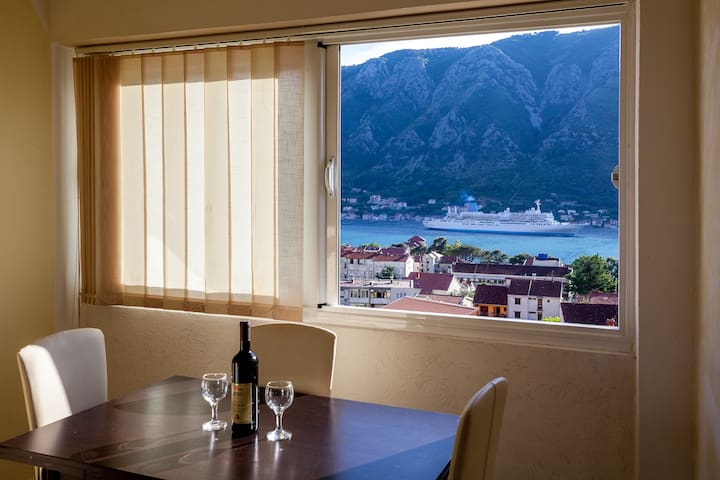 "Duplex apartment ""SEA VIEW"" - Kotor - Pis"