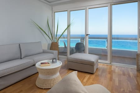 Beach front Loft for two in Rhodes town!