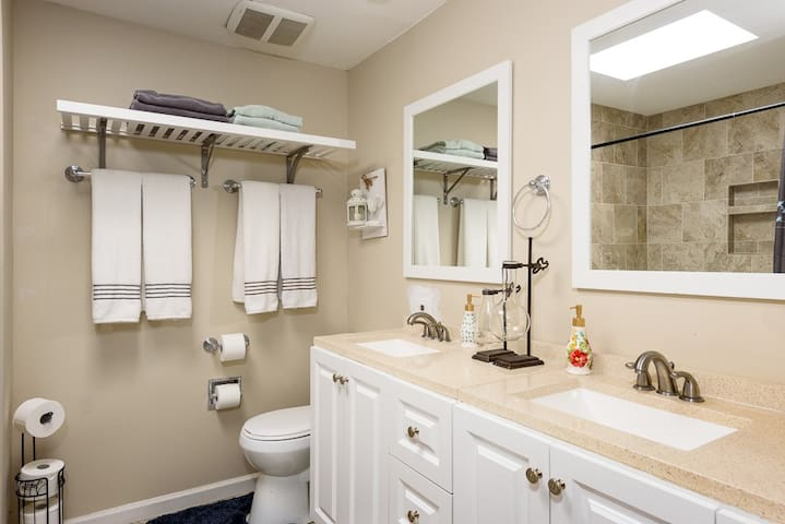 Spa style guest bathroom