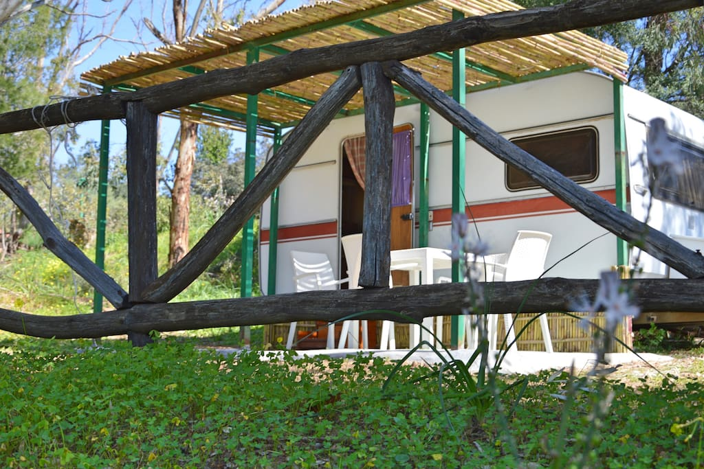 Vacanze low cost sardegna campers rvs in affitto a for Low cost sardegna